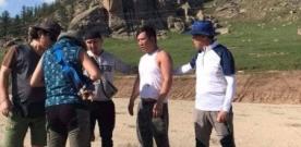 Солонгос жуулчны мөнгийг хулгайлахыг завдаж баригдаад, дээрэмдээд зугтахыг оролджээ