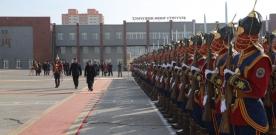 Монгол Улсын Ерөнхийлөгч, Зэвсэгт хүчний ерөнхий командлагч Ц.Элбэгдорж ҮБХИС, Тэмүүжин Өрлөг сургууль, Цэргийн төв эмнэлэгт ажиллав