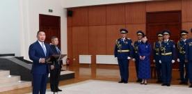 Монгол Улсын Ерөнхийлөгч Х.Баттулга зарлиг гаргаж байгалийн гамшгийн үед үлгэр жишээ ажилласан иргэдэд Төрийн одон медаль гардууллаа