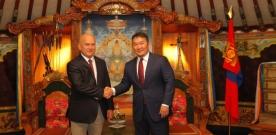 Монгол Улсын Ерөнхийлөгч Х.Баттулга ХБНГУ-ын Бундестагийн гишүүн Манфред Грундыг хүлээн авч уулзав