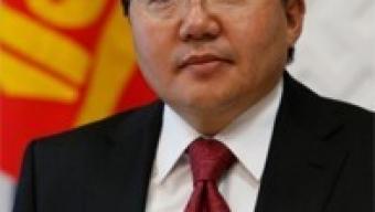 Ерөнхийлөгчийн зарлигаар баталсан Зэвсэгт хүчний Жанжин штабын шинэ дүрмийг хүлээлгэн өгөв